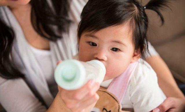 Признаки аллергической реакции на молоко у детей